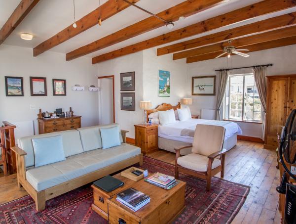 tfh-ny-hotel-cottage